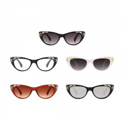 Cat eye - retro sunglasses