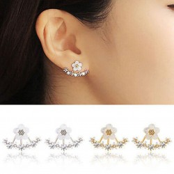 Small daisies with crystals - earrings