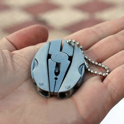 Camping Outdoor Mini Foldable Multi-Tool Keyring